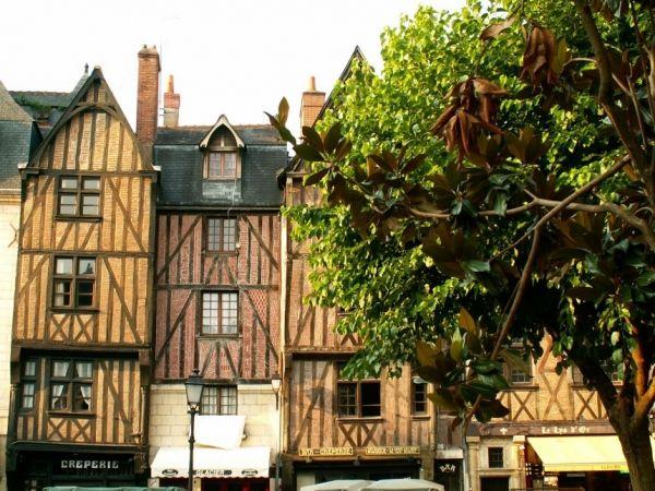 Place Plumereau (2)