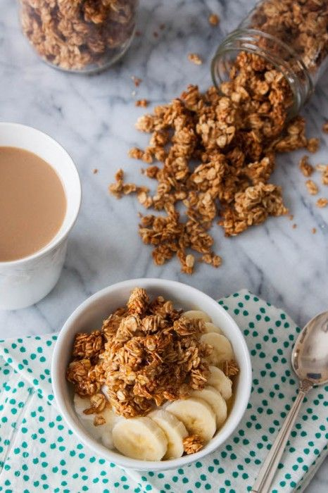 If you ever needed an excuse to get more peanut butter in your day, here it is! Naturally sweetened (w/ no refined sugar) Chunky Peanut Butter Granola | TheCornerKitchenBlog.com #granola #peanutbutter