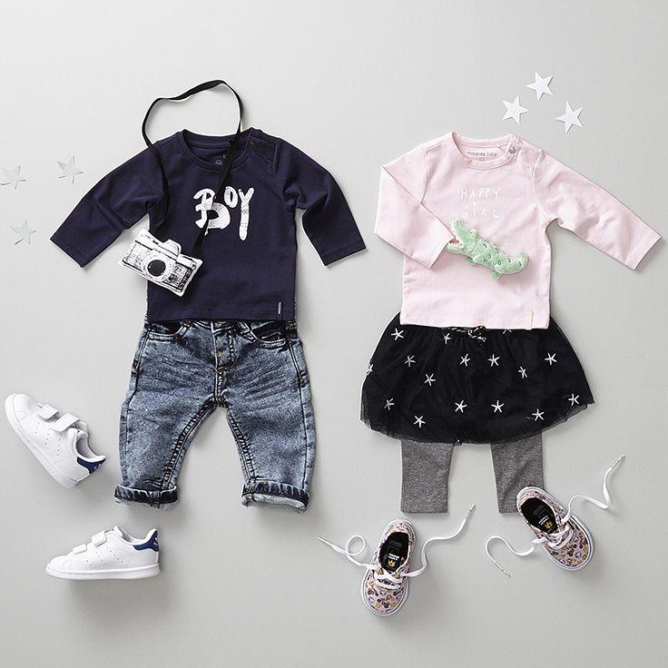 Wordt het een jongetje of een meisje? Niet alleen handig om te weten, ook heel erg leuk om zijn of haar eerste outfits al uit te kiezen! #baby #zwanger #outfit #fashion #pregnant #babyfashion #schoenen #babyschoen #kleertjes