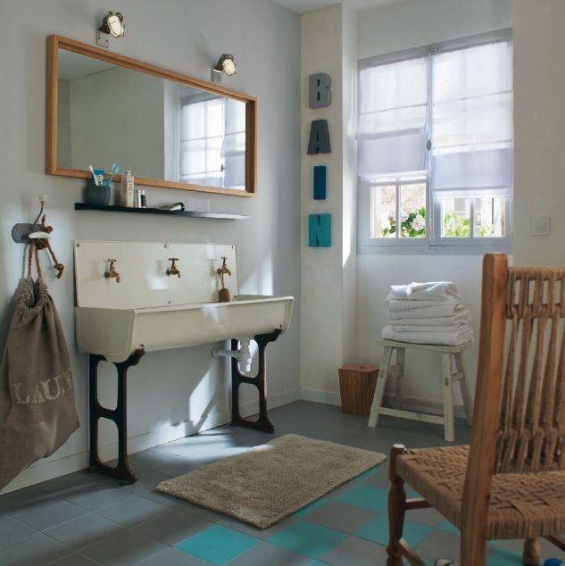 Store bateau blanc 180cm de salle de bain - Type : tamisant. Un store enrouleur moderne, bon marché et facile à poser.