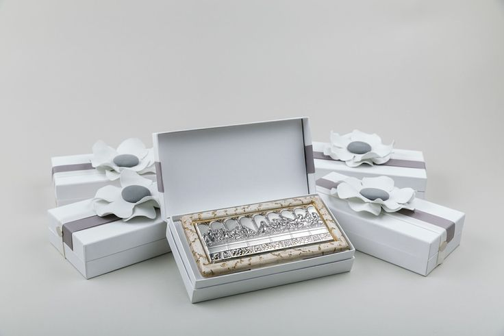 The last supper in silver and stone