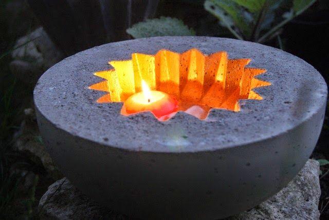 Filz und Garten: Sommerabend mit Betonkunst