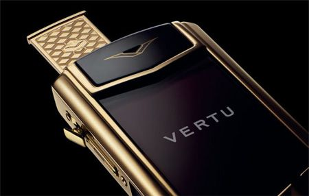 Vertu brings Luxury concierge service to its product