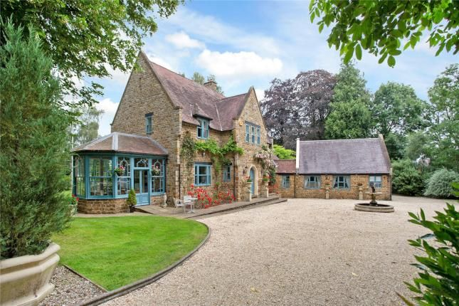 5 bed detached house for sale in Fawsley, Daventry, Northamptonshire