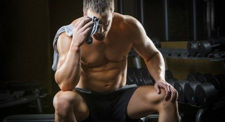 Menurut para ahli kebugaran tubuh, waktu istirahat otot sebaiknya 1 hingga 2 hari dalam 1 minggu. Hal ini selain bermanfaat untuk pemulihan otot juga bisa mencegah cedera. beberapa trainier bahkan menyarankan bagi para pemula untuk