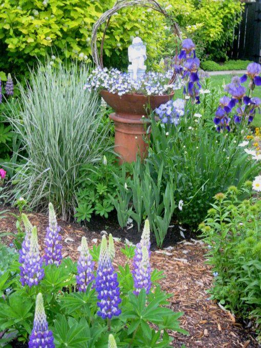 english country garden in canada garden designs - English Country Garden Design