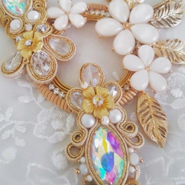 """Gold Castel"" #soutache #gold #gems #brindal #dress #weddingchic #wedding #events #puglia #artigianato #handmade #jewellerydesign #handmadebijoux #solocosebelle #style #fashion #accessories"