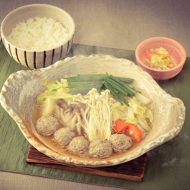 和風だしの鯵の生姜つみれ鍋定食 ◆期間限定メニュー(~2015年12月中旬予定) 鯵のつみれやお出汁に国産生姜を加えております。ほっとする味わいで心もからだもぽかぽかに。  Japanese Style Hot Pot with Ginger-Flavored Horse Mackerel Fish Ball Set  832円[税込898円]  2015年 大戸屋期間限定メニュー #大戸屋 #ootoya #定食 #ご飯 #日本食 #2015年大戸屋期間限定メニュー