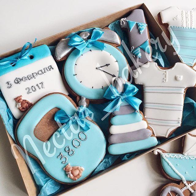 Нежный наборчик для мальчикаПрекрасный подарок на рождение малыша,либо на День РожденияДля подробной информации пишите 8903-407-92-23 Ксения