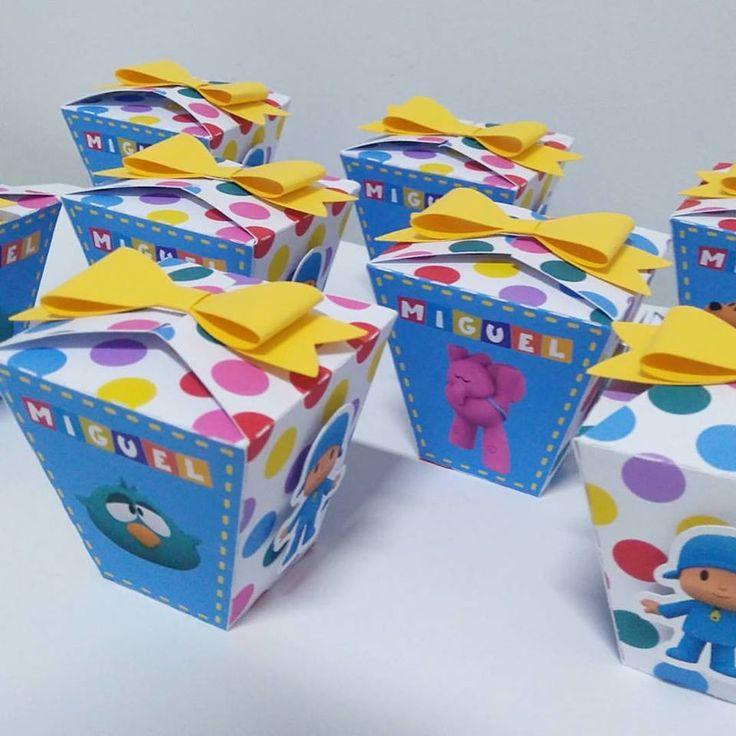 Caixa sushi com aplicação em scrap festa, podendo ser adaptada a qualquer tema e cores.Confeccionada em papel matte, valor da embalagem vazia