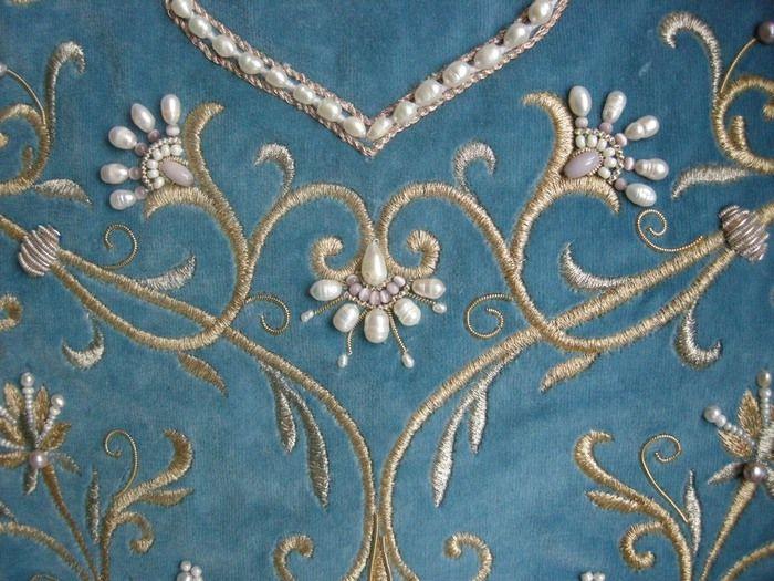 Russian embroidery & beadwork