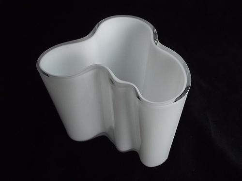 9.5cm tall Iittala 'Savoy' white cased glass vase. Designed by Alvar Aalto