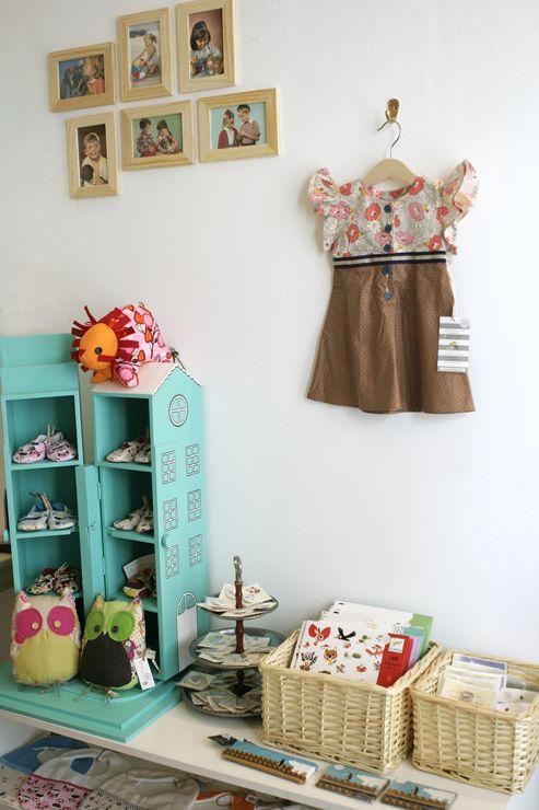 storage dollhouse