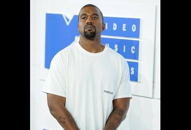 More madness from Kanye West as he launches into Beyonce and Jay-Z tirade