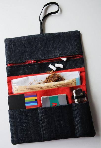 Tabaktasche Dreherbeutel STAR Jeans schwarz rot von Fadenart auf DaWanda.com 20,5 x 15,5, 23