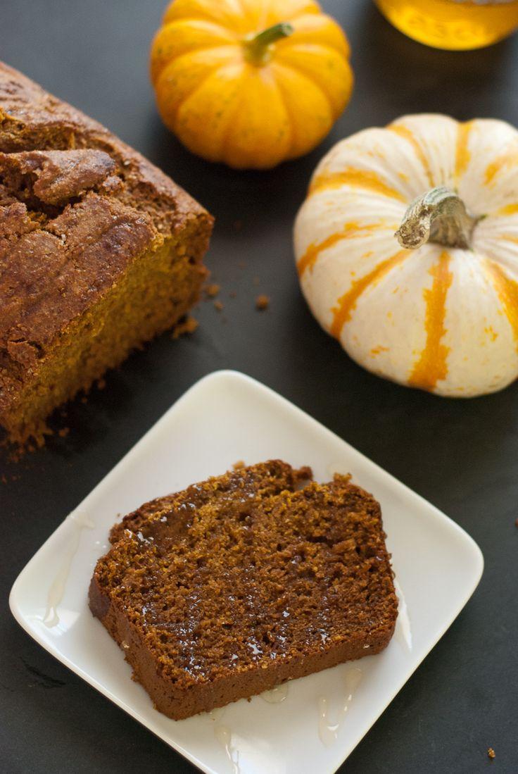 One bowl, honey-sweetened, whole wheat pumpkin bread recipe - cookieandkate.com