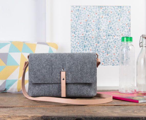 Felt handbag Small womans bag festival bag Teen purse by POPEQ