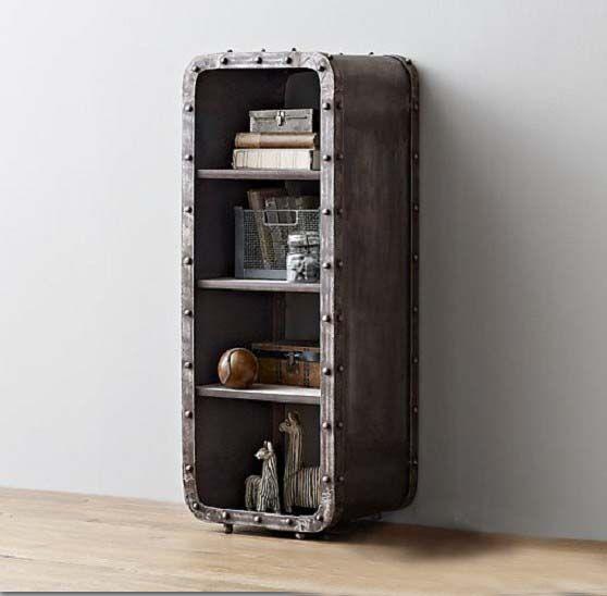 Небольшой книжный шкаф с полками в стиле лофт из металла купить в интернет-магазине https://lafred.ru/catalog/catalog/detail/41074263102/