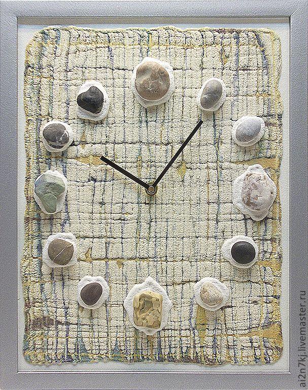 """Купить """"ОСТРОВА МУЖЕСТВА"""" из песка часы авторские - бежевый, белый, песочный, охра, Природные камни"""