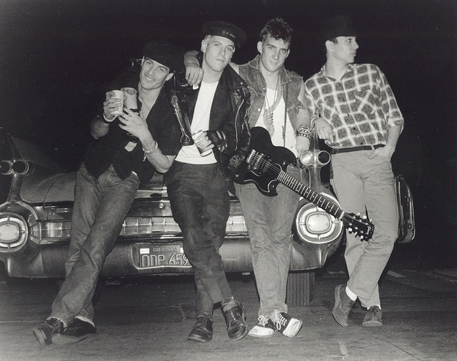 Social Distortion 1984 - Social Distortion band members 1984 line-up.Left to Right in photo-John Maurer,Mike Ness,Dennis Danell,Bob Stubbs.This was the photo used in the More Mayonaise Magazine article done on Social Distortion during the 1984 era of http://viettelidc.com.vn