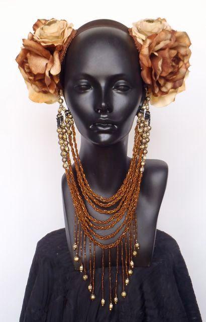 MADE TO ORDER Brown & Ivory Flower Headpiece von …
