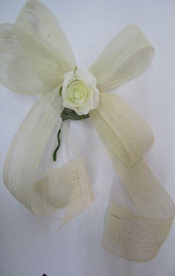 Lazo ideal para adornar el coche de la novia