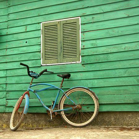 les 25 meilleures id es concernant volets verts sur pinterest couleurs de volets murs vert. Black Bedroom Furniture Sets. Home Design Ideas