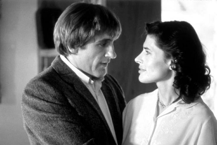 """""""... Sono io che ti amavo. Tu eri innamorato: non è la stessa cosa."""" La signora della porta accanto (La femme d'à côté - 1981) diretto da François Truffaut"""