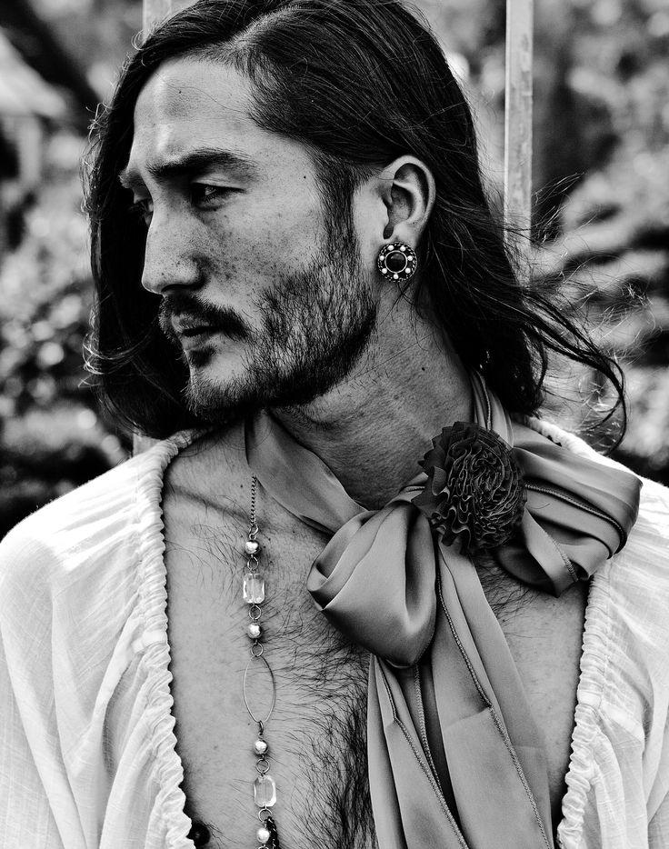 'NEW ROMANTIC' Photographer - BALDOVINO BARANI  Fashion Editor - BHISAN RAI Model - ANTHONY THORNBURG @ Questmodels