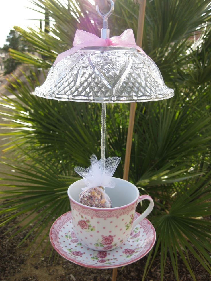 China teacup birdfeeder