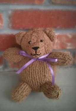 Teddy Bear - Free Knitting Patterns by Cassidy Clark