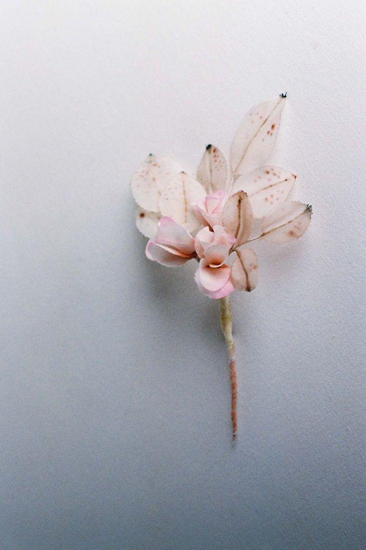 So pretty! Fleurs by French artist Lyndie Dourthe