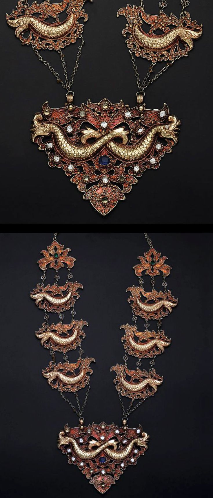 Indonesia ~ Aceh | Necklace with 'naga' motifs; gold alloy | 18th - 19th century