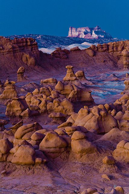 Goblin Valley State Park, Utah; photo by .Gleb Tarassenko