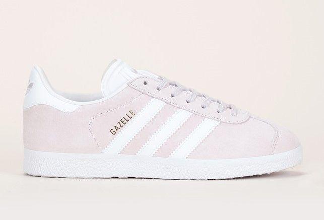 Baskets en cuir suède beige rosé détails blanc Gazelle Adidas Originals