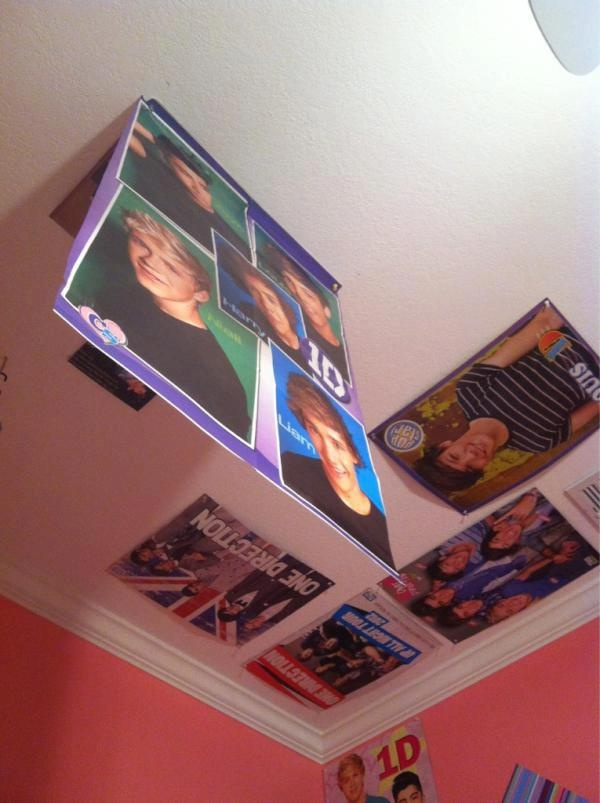 How to deal with double sided posters.... Why didn't I think of this?!: Good Ideas, Posters Thanks, Side Posters, Posters I, Picture-Black Posters, Posters Win, Posters Haha, Posters Solving, Direction 3