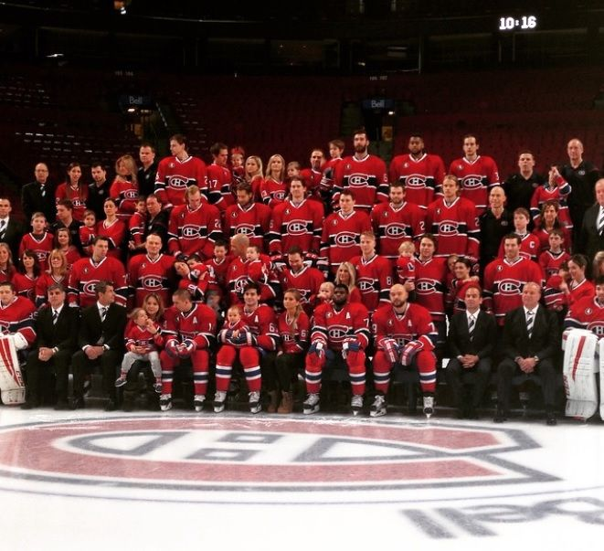 2015 Habs team and family photo