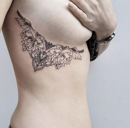 Hot Geometric Side Boob Tattoos