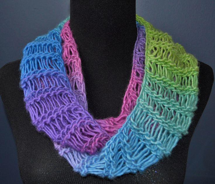 Knit Drop Stitch Scarf Pattern : 17 Best ideas about Loom Knitting Scarf on Pinterest Loom knitting, Loom kn...