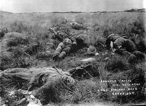 Dead bodies on the veldt, 1900 | NZHistory, New Zealand history online 'A try for the rock': this photograph, taken by Robert Gell for South African newspapers on 26 January 1900, shows the bodies of British soldiers strewn across the veldt at Spionkop after a heavy defeat by the Boers.