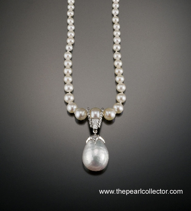 The most well known of all natural pearls are those that come from Oysters.   Before the dawn of the cultured pearl industry ( early 1900's) all pearls were natural. These pearls, coveted by the very wealthy, provided a lively hood for millions world wide.   Traditional oyster beds found in The Persian Gulf, Gulf of Mannar and the Red Sea dominated the world pearl market through out much of history.Today natural pearls continue to be a treasure coveted by many.