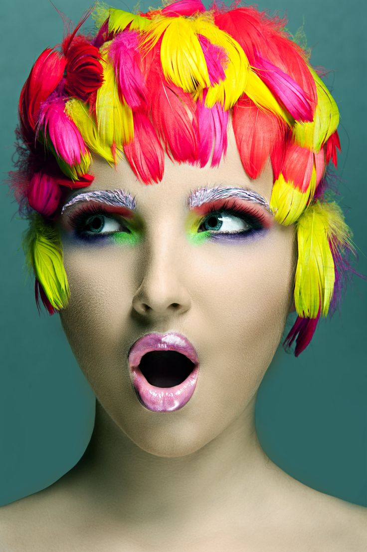 Masha by ~Ehinokokus.. ii was really drawn to this! fantastic make-up