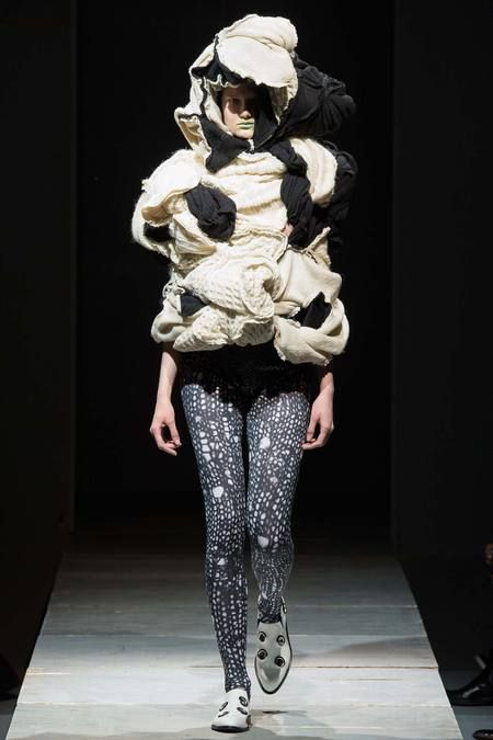 Comme des Garçons | Fall 2014 Ready-to-Wear Collection | Style.com