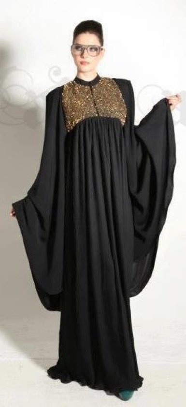 Abaya with a hint of gold |Pinned from PinTo for iPad|