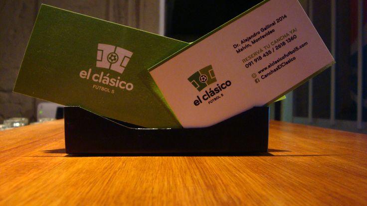 El Clasico Futbol 5 Montevideo - Las canchas de futbol 5 El Clasico son las mejores canchas de futbol 5 de Montevideo. Ademas de contar con 4 canchas de futbol 5 de unas dimensiones ideales, tenemos el mejor sistema luminico con 45 focos LED, un cesped sintetico único en el país y la mejor infraestructura.