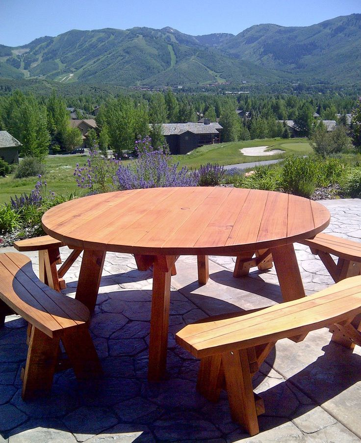 Round Picnic Table (Options: 6u0027 Diameter, Unattached Benches, Redwood, Round