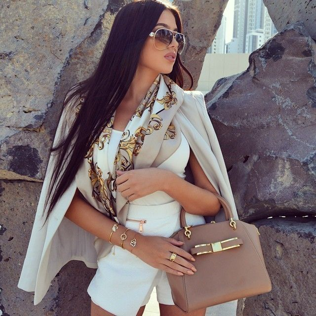 Fashion & Luxury Lifestyle blog about the life of the jet-set girls…