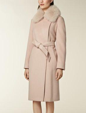 Coat with fox fur trim
