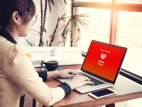 Online dating app for professionals