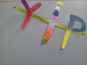Crea: maak een naamslinger (groep 3 of hoger/ 6-7 jarigen)